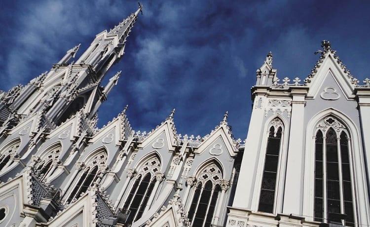 Iglesia la Ermita cerca de Azor Hoteles