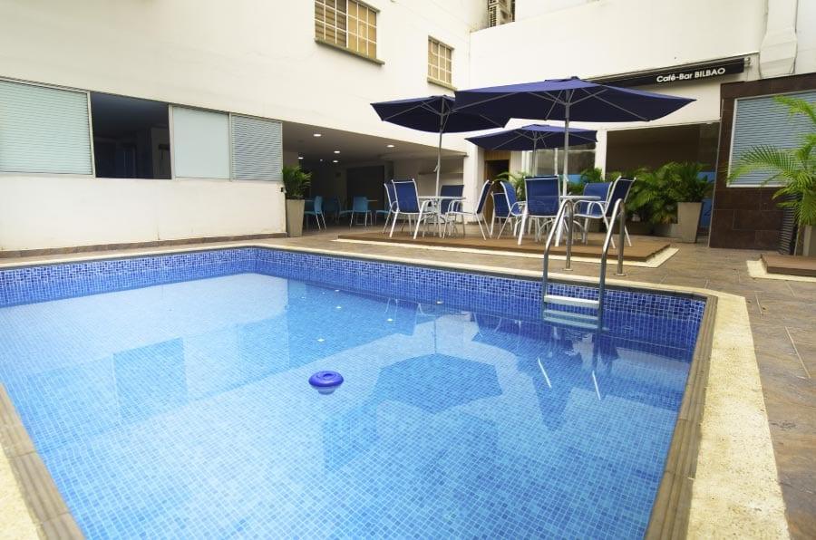 Piscina de Azor Hoteles