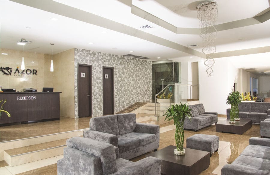 Recepción de Azor Hoteles